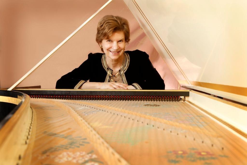 Beverly-Biggs-harpsichord.11