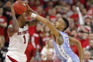 Tokoto plays defense (Todd Melet)