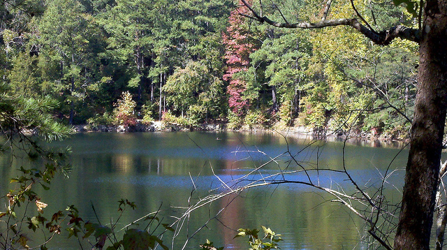 Teen Drowns at Eno River State Park Quarry