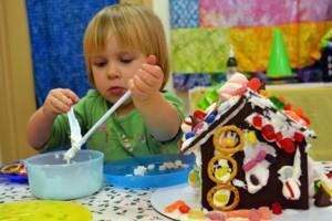 FPS Gingerbread House Workshop 3