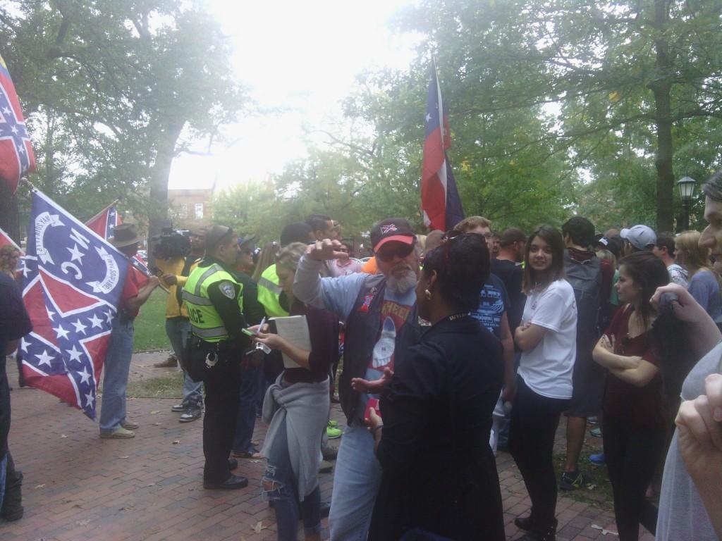 Confederate rally Silent Sam UNC 10/25/15 01