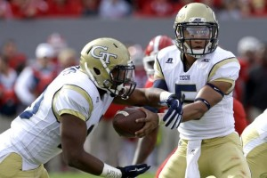 Georgia Tech quarterback Justin Thomas works the triple option. (Bleacher Report)