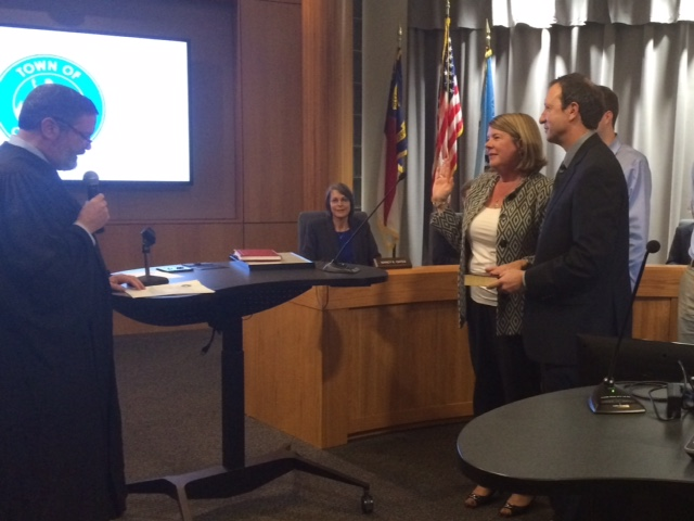 New Chapel Hill Mayor and Town Council Sworn In