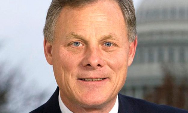 Sen. Burr Takes GOP Fire Over Trump Jr Subpoena