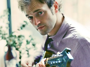 16-17 Chris Thile_Thumb