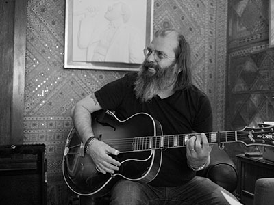 16-17 Steve Earle_Thumb