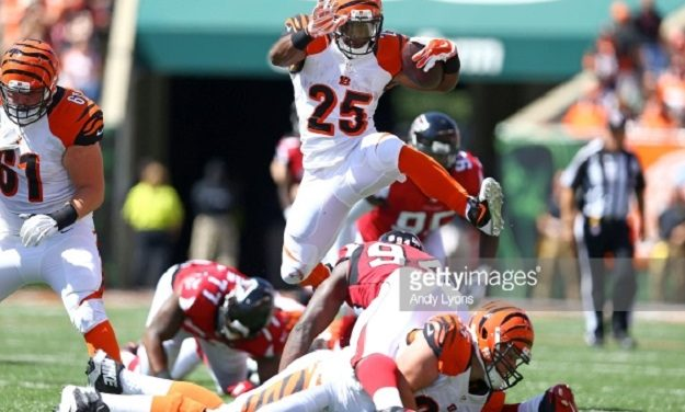 Giovani Bernard Nominated for NFL's Walter Payton Man of the Year Award
