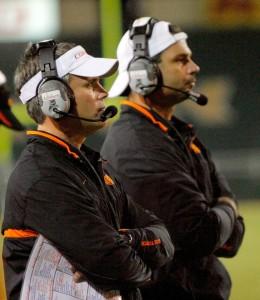 Beckman (left) met Fedora when he was the defensive coordinator at Oklahoma State in 2007. (Photo via Matt Strasen/ The Oklahoman)