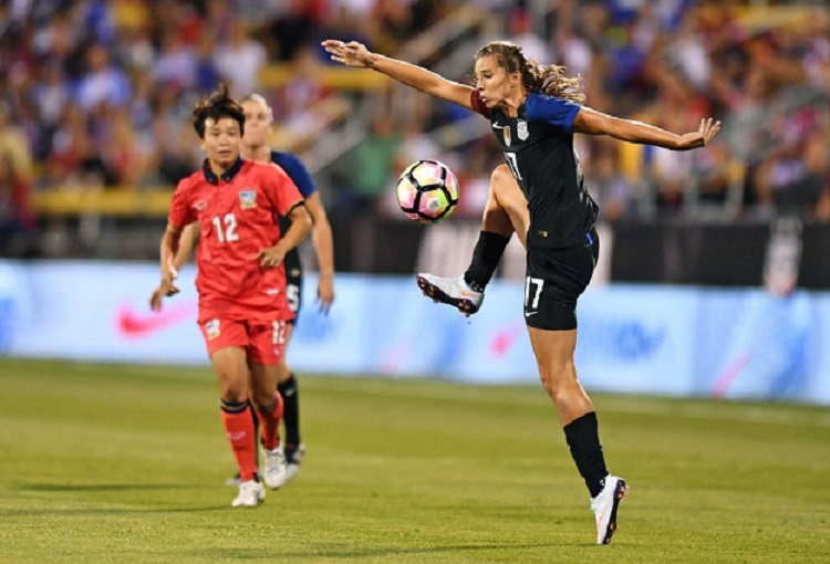 Calendar Year Us Soccer : U s soccer selects tobin heath as female player of the