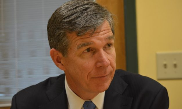 Governor Cooper Establishes New Advisory Teaching Committee
