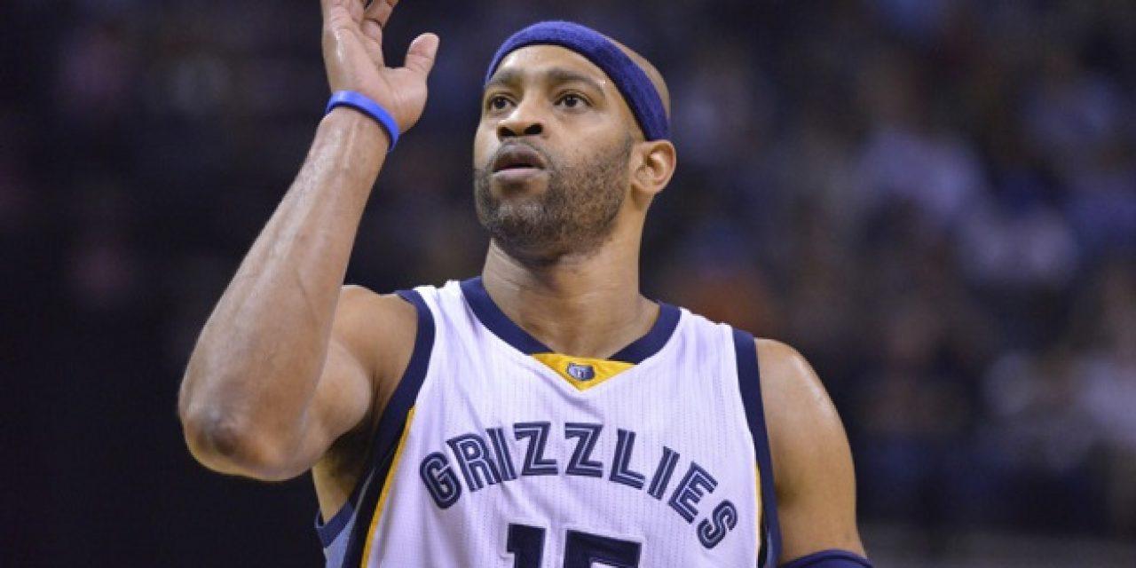 Vince Carter Signs With Sacramento Kings, Will Play 20th NBA Season